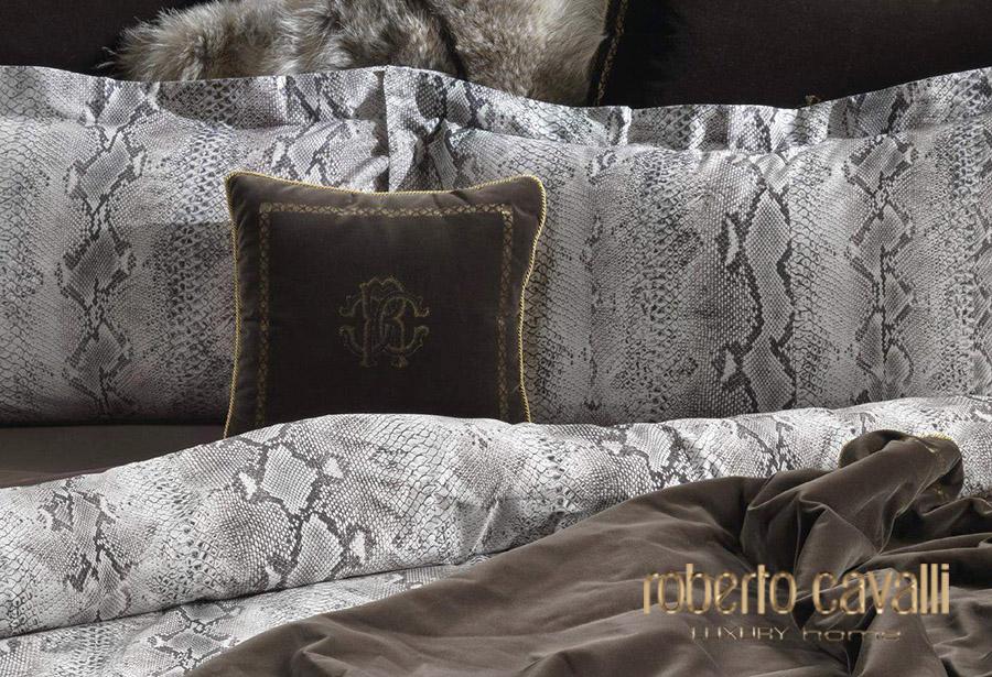 Роберто Кавалли — элитное дизайнерское постельное белье из Италии